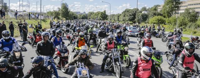 Sveriges i särklass största gemensamma körning, Mälaren Runt, är ett begrepp, en folkfest, en upplevelse som ingen sann motorcyklist får missa. Årets upplaga blev en jubelsuccé med strålande sol och […]