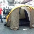 Handelsbodens tält Mega har plats för fyra personer sägs det. Men vi tror det går in fler. Borde inte en hel hojklubb kunna ha årsmöte i det? 1.90 meter i […]