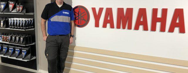 Nu öppnar Yamaha Center på Rinkebyvägen 10 i Danderyd. – Vi kommer att ha hela Yamahas sortiment, utom cross, säger MC-ansvarig Christian Bood. Dessutom har vi lite profilkläder för den […]